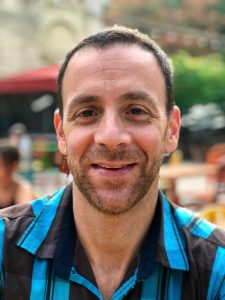 Headshot of Dr. Andy Petroll